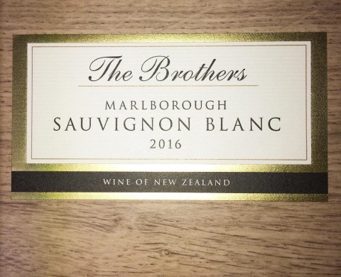 Finished label for Giesens Sauvignon Blanc - featuring embossing and gold foiling